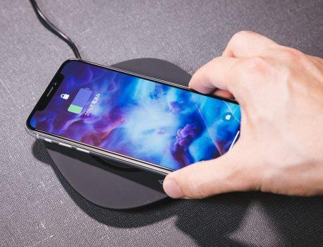 iPhoneのワイヤレス充電ができない場合の原因と対処法