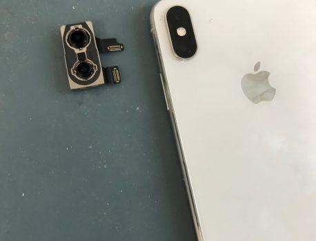 iPhone XsMaxのカメラが真っ暗!修理で直る?端末交換が必須?